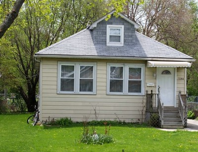 Niles Single Family Home For Sale: 7003 West Niles Terrace