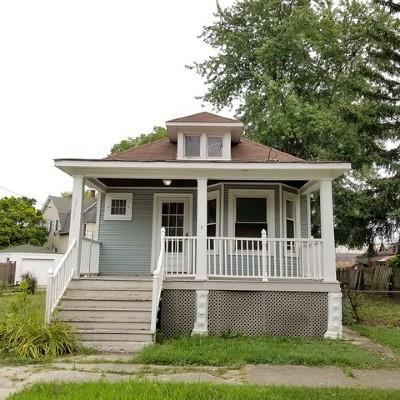 Brookfield Single Family Home For Auction: 3715 Sunnyside Avenue