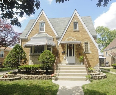 North Riverside Single Family Home For Sale: 2220 South 14th Avenue