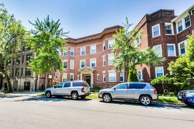 Condo/Townhouse For Sale: 4134 North Clarendon Avenue #2N