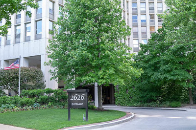 Condo/Townhouse For Sale: 2626 North Lakeview Avenue #406