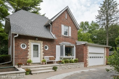 Highland Park Single Family Home For Sale: 1435 Deerfield Place