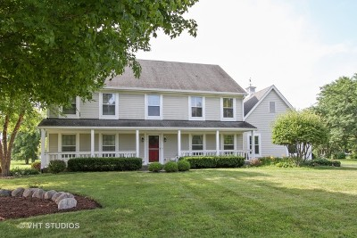 Lakewood Single Family Home For Sale: 9909 Scots Circle
