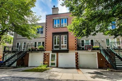 Condo/Townhouse For Sale: 1441 South Plymouth Court