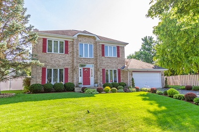 Algonquin Single Family Home For Sale: 740 Pickwick Court