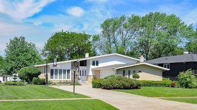 Darien Single Family Home Price Change: 7130 Wirth Drive