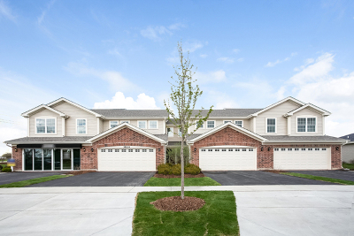 Algonquin Condo/Townhouse For Sale: 1181 Kingsmill Drive