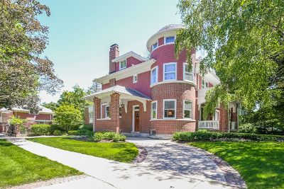 Oak Park Single Family Home For Sale: 202 South Euclid Avenue