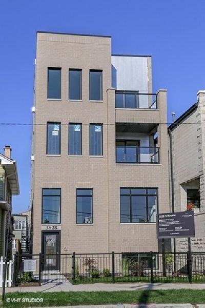 Condo/Townhouse For Sale: 3828 North Racine Avenue #2