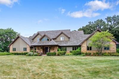 Barrington Hills Single Family Home For Sale: 5 Hickory Lane
