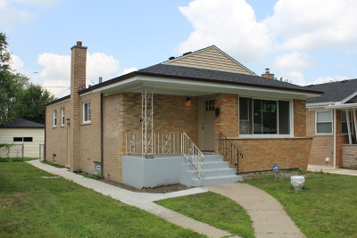 Dolton Single Family Home For Sale: 14214 Avalon Avenue