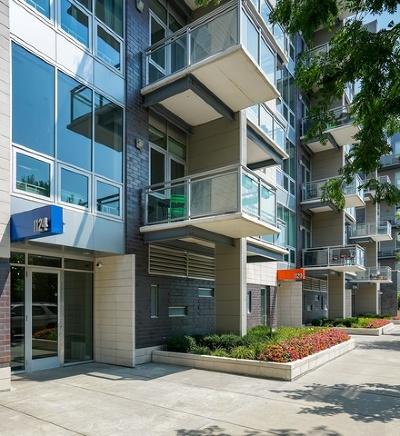 Condo/Townhouse For Sale: 1124 West Adams Street #3E