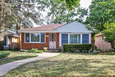 Skokie Single Family Home For Sale: 5313 Enfield Avenue