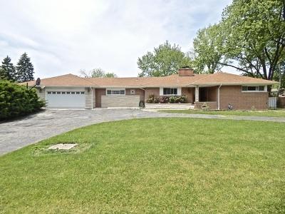 Darien Single Family Home For Sale: 7216 Leonard Drive