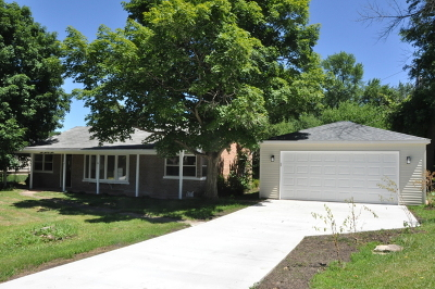 Lombard Single Family Home For Sale: 1025 Shady Lane