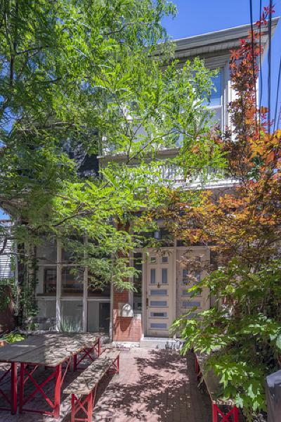 Condo/Townhouse Contingent: 1128 West Fullerton Avenue #CH