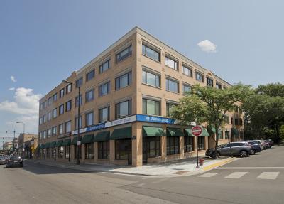 Condo/Townhouse For Sale: 4751 North Artesian Avenue #408
