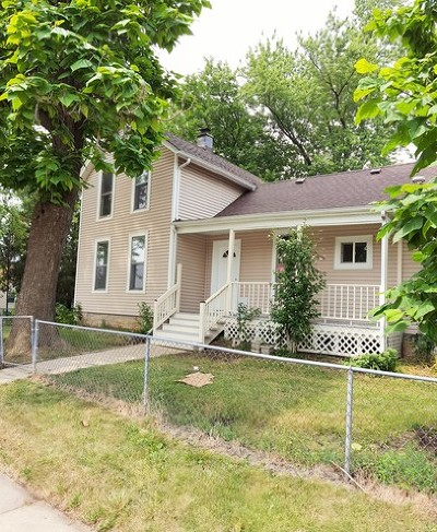 West Chicago Single Family Home For Sale: 639 Main Street