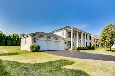 Barrington Single Family Home For Sale: 130 Redwood Lane