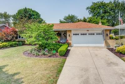 Darien Single Family Home For Sale: 7622 Baker Court