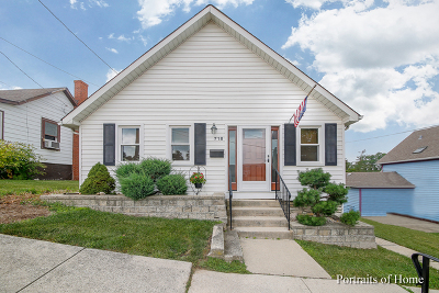 Lemont Single Family Home For Sale: 718 Hickory Street