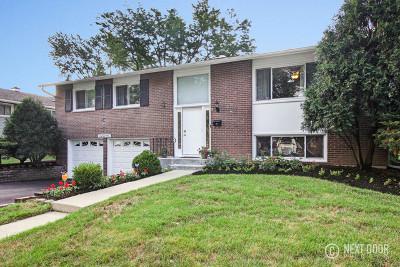 Woodridge Single Family Home For Sale: 6801 Roberts Drive