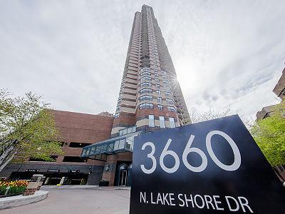 Condo/Townhouse New: 3660 North Lake Shore Drive #2913