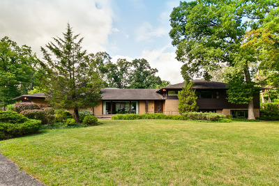 Lake Forest Single Family Home For Sale: 14695 West Oak Lane