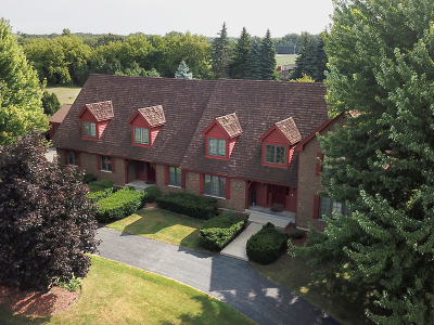 Barrington Single Family Home For Sale: 105 Stone Marsh Lane