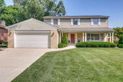 Arlington Heights Single Family Home For Sale: 1520 East Wing Street