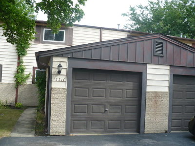 Crest Hill Condo/Townhouse For Sale: 1221 Cedarwood Drive #C