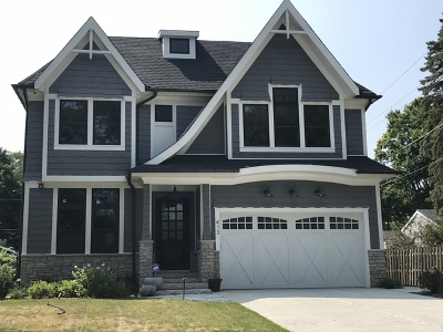 Barrington  Single Family Home For Sale: 413 East Drury Lane