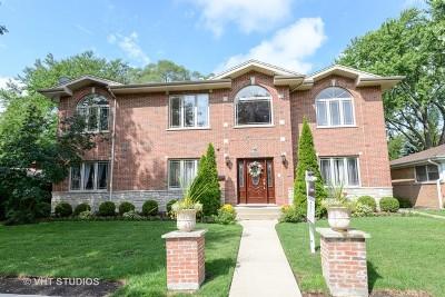 Skokie Single Family Home For Sale: 8526 Monticello Avenue