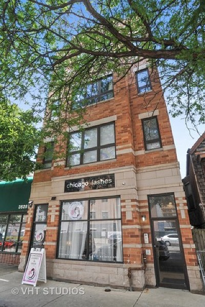 Condo/Townhouse For Sale: 3530 North Ashland Avenue #3