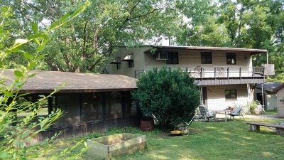 Ogle County Single Family Home For Sale: 1042 North Moose Road