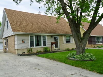 Crestwood Single Family Home New: 13130 Village Lane