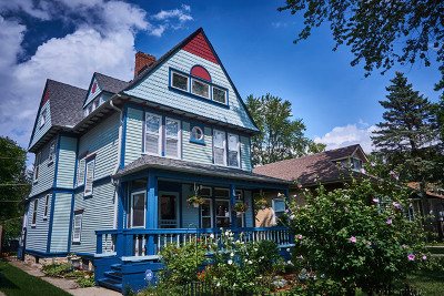 Chicago IL Single Family Home New: $300,000