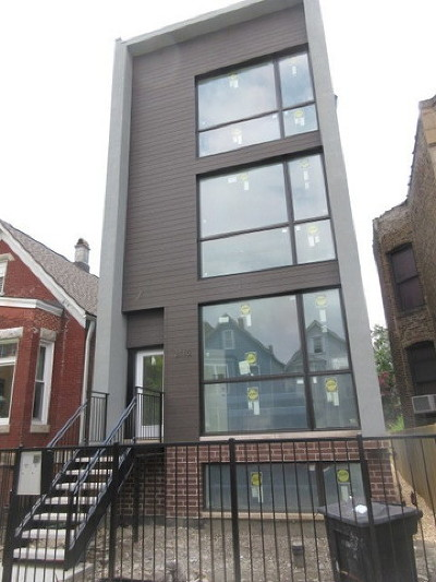 Condo/Townhouse For Sale: 3115 West Lyndale Street #1