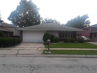 Dolton  Single Family Home For Sale: 15722 East End Avenue