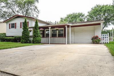 Hanover Park Single Family Home New: 6838 Glenwood Lane