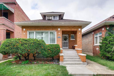Chicago IL Single Family Home For Sale: $149,900