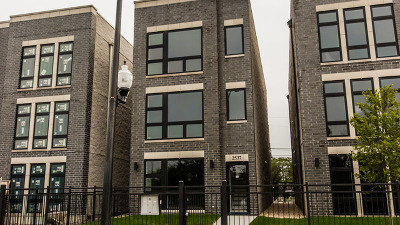 Chicago Multi Family Home New: 2537 West Congress Parkway