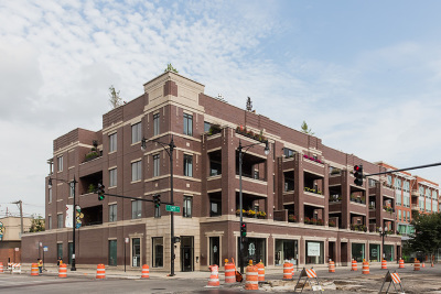 Condo/Townhouse New: 4806 North Clark Street #203