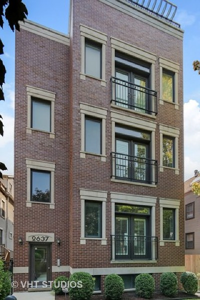 Condo/Townhouse New: 2637 North Southport Avenue #2