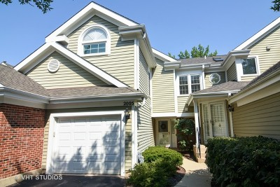 Arlington Heights IL Condo/Townhouse New: $249,900