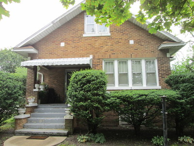 Maywood Single Family Home For Sale: 717 South 10th Avenue