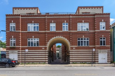 Condo/Townhouse New: 2429 North Clybourn Avenue #D