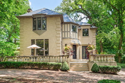 Glen Ellyn Single Family Home For Sale: 587 Hickory Road