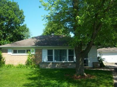 Park Forest Single Family Home Contingent: 355 Indianwood Boulevard