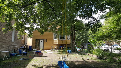 Single Family Home For Sale: 2856 North Francisco Avenue